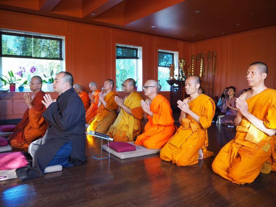 Quý Sư và Phật tử Thái Lan thăm viếng Liên Hoa 17.07.2017