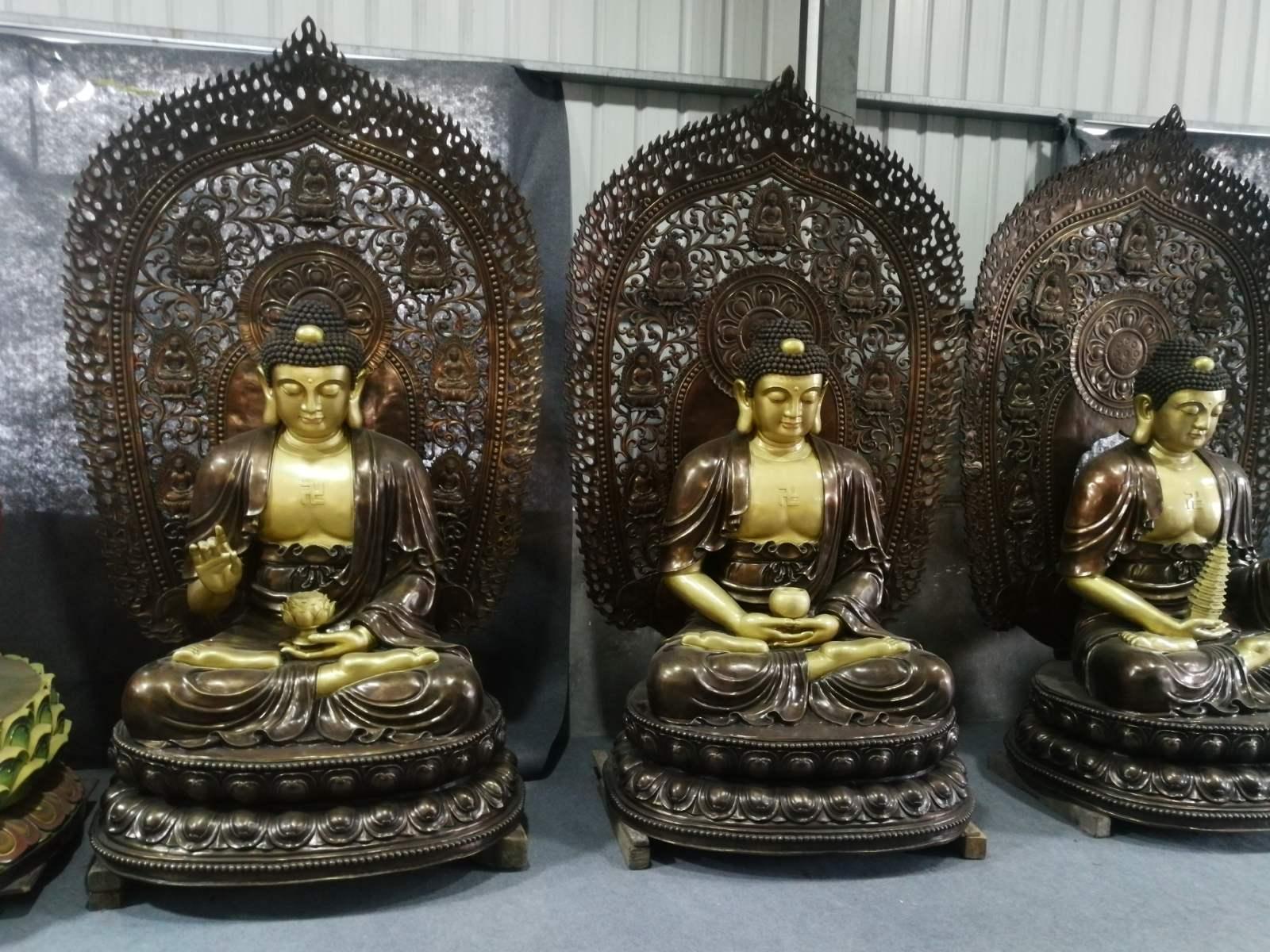 Hùn Phước Tạo Tam Tôn Phật và Bảo Tháp Đa Bảo